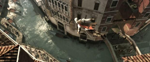 Tout ce qui touche aux déplacements, aux parcours dans les cités (etc) est considérablement plus poussé que dans Assassin's Creed
