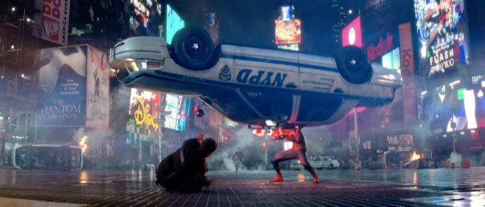 La scène de combat entre Spider-Man et Electro sur Times Square est tout à fait plaisante