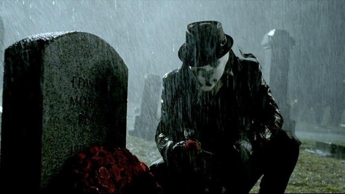 Le personnage de Rorschach est sans doute celui qui cristallise le mieux les interrogations quant à la notion de super-héros.
