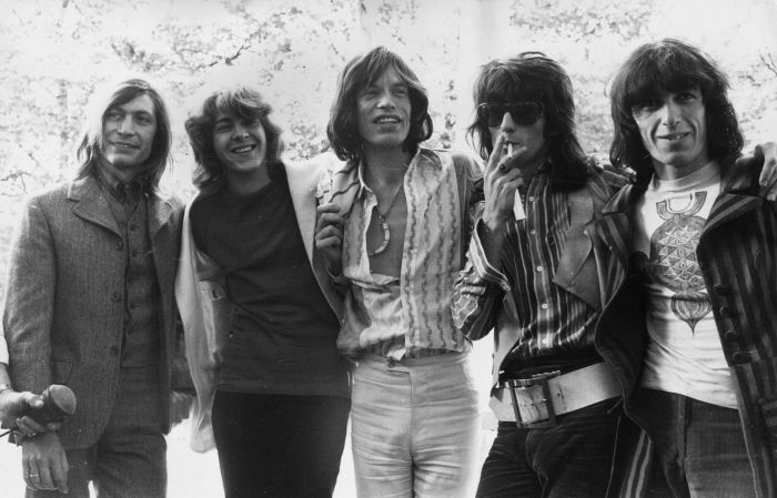 Les Rolling Stones en 1969, de gauche à droite : Charlie Watts, Mick Taylor, Mick Jagger, Keith Richards et Bill Wyman. Brian Jones, qui a peu participé à l'enregistrement de Let it Bleed, est mort durant l'enregistrement de l'album.