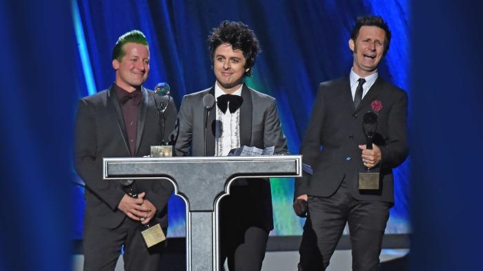Green Day fut introduit au Rock'n'Roll Hall of Fame en 2015.