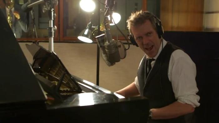 Hugh Laurie en studio pour l'enregistrement de Let Them Talk.