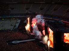 Depuis les années 1990, l'entrée en scène d'AC/DC a toujours été intense. Cette tournée ne déroge pas à la règle !