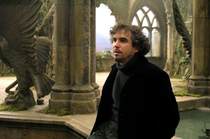 Peu connu à l'époque, on ne présente désormais plus Alfonso Cuarón qui a depuis réalisé les deux immenses succès qu'ont été Les Fils de l'Homme et Gravity.