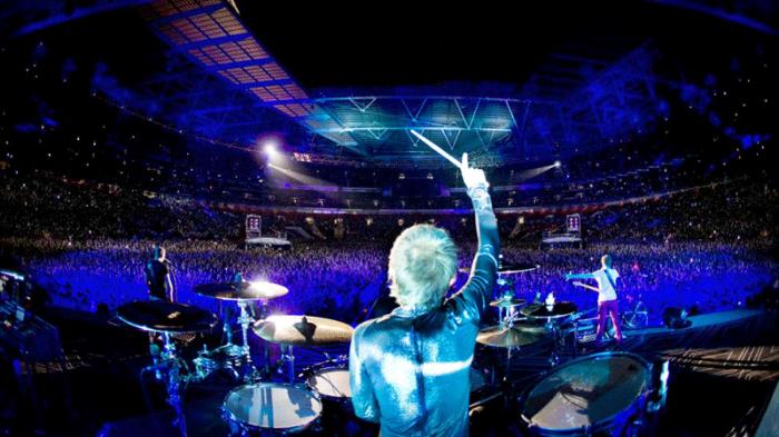 Muse en concert à Wembley en 2015.