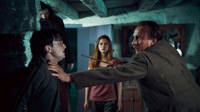 Signe que l'évolution du background est arrivée à son terme, il n'y a jamais eu autant de tension dans les précédents films, que ce soit de manière générale ou même entre les personnages.