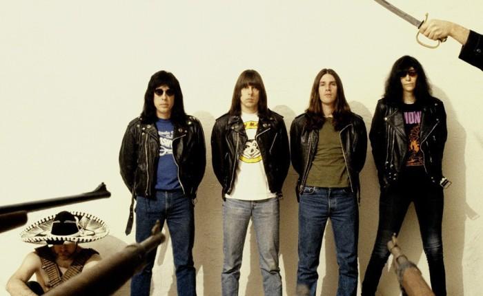 Les Ramones en 1994 sur une des photos promotionnelles de ¡Adios Amigos!.