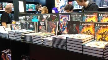Urban Comics a dégainé toutes ses nouveautés sur un stand excessivement bien rempli !